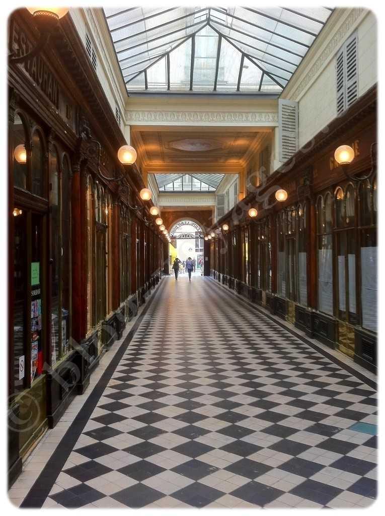 Galerie Véro-Dodat 75001 PARIS