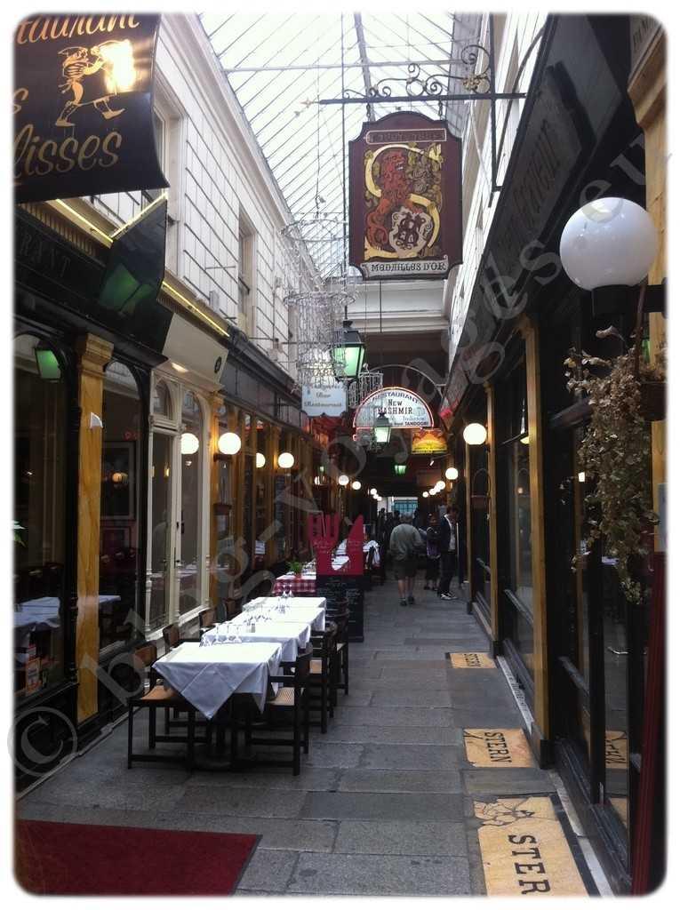 Passage des Panoramas - 11 Rue Saint-Marc, 75002 Paris, France (2)