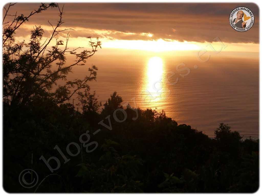 De 3 bassins coucher de soleil sur Saint-Gilles - vue prise du Belvédère de la Gospa