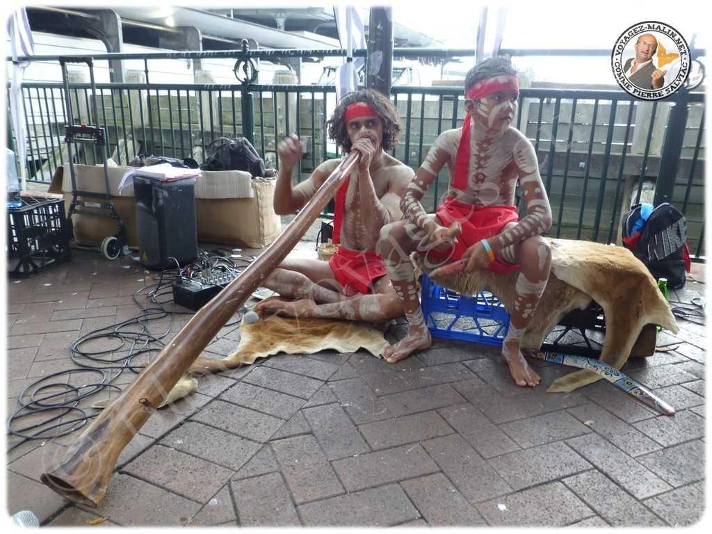Aborigènes environs de l'Opera