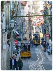 Tramway dans Baixa
