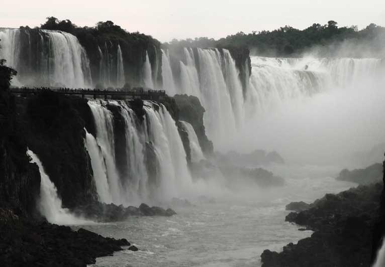 Iguazu chutes1