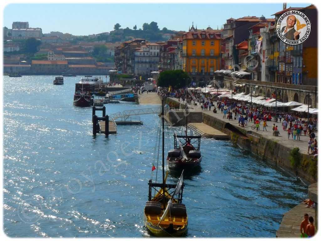 Barques pour le transport de Porto
