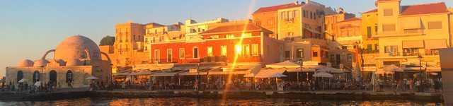 Joli soleil couchant sur le port de la canée 640x150